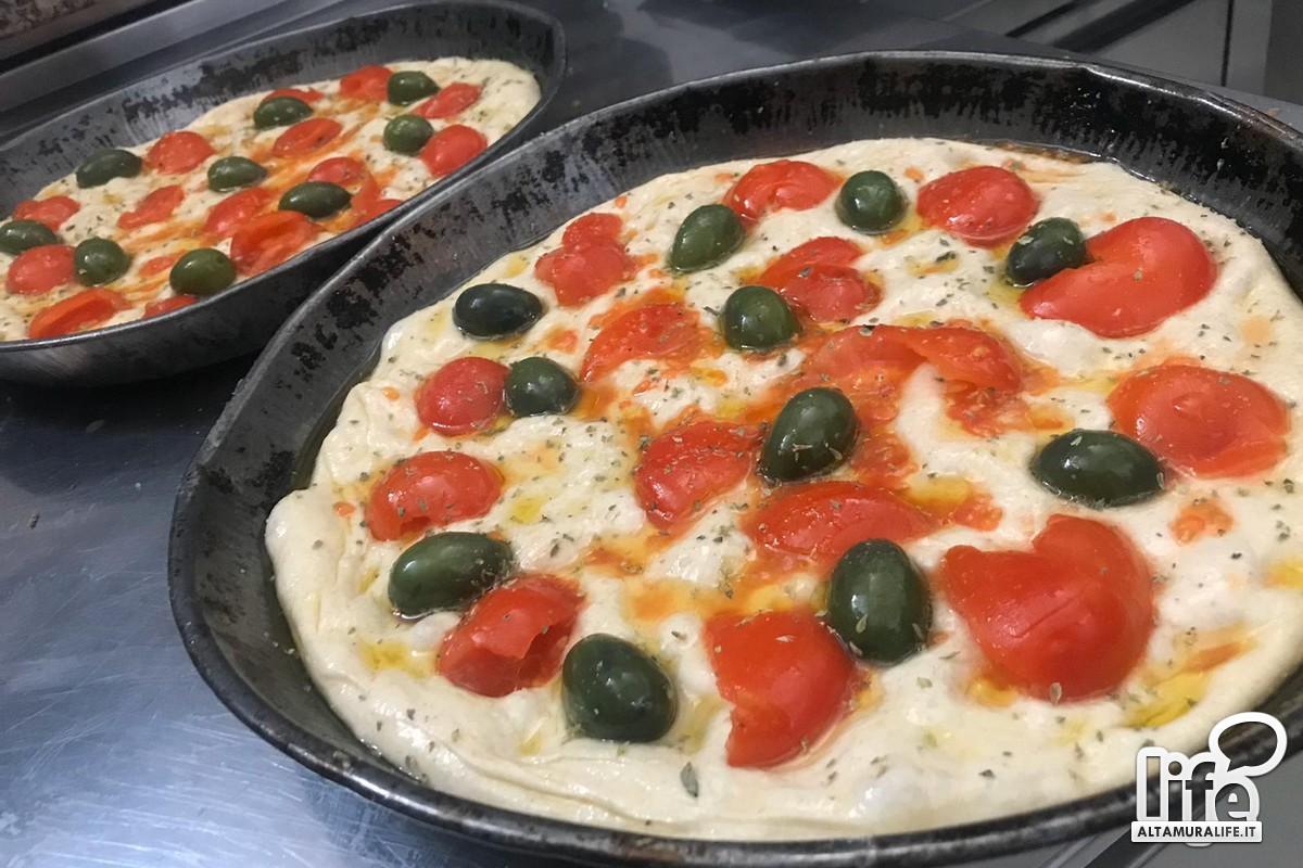Ricetta Pizza E Pane.Altamura Impastiamo A Casa Pane Pizza E Focaccia