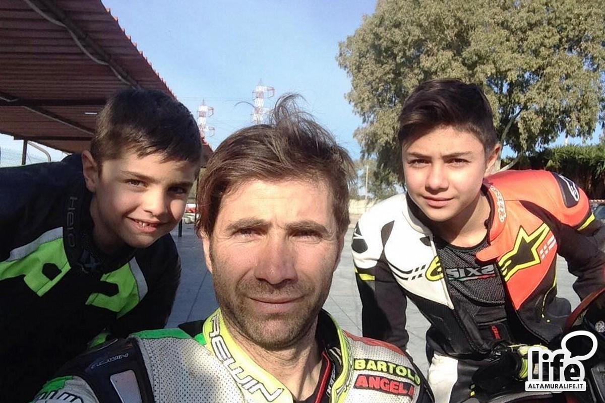Vincenzo Ostuni con i figli Bartolo e Massimo