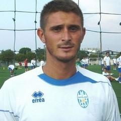 Pierluigi Costanza, centrocampista