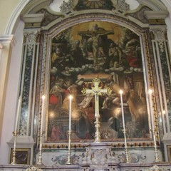 Particolari altare maggiore della chiesa Santissima Trinit