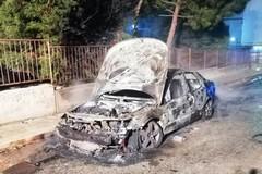 Incendio distrugge auto sindaco Toritto, solidarietà da Altamura