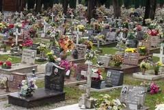 Commemorazione dei defunti, cimitero aperto dalle 7 alle 18