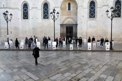 Scatoloni in piazza, tanti a sostegno dei commercianti
