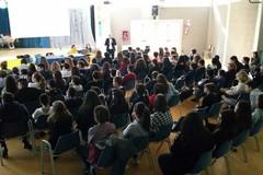 Cyberbullismo: istruzioni per l'uso nelle scuole altamurane