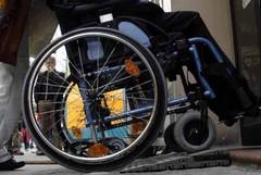 Cimitero, arriva il servizio carrozzelle per i disabili