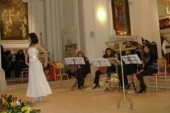 """""""Omaggio alla donna"""" in musica, danza e poesia"""
