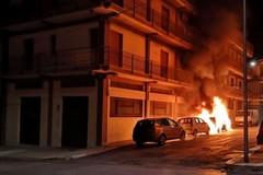 Incendio in via Pordenone, la causa è dolosa