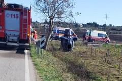 """Un altro incidente sulla """"Tarantina"""", auto fuori strada"""