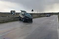"""Strada provinciale """"Tarantina"""", drammatico incidente fra tre veicoli"""