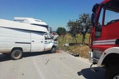 Scontro fra camion e furgone tra Altamura e Ruvo, un morto