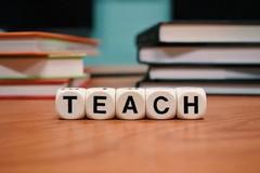 Precariato nella scuola, depositata legge di iniziativa popolare