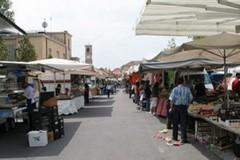 Mercato: al via le procedure per spostare gli ambulanti