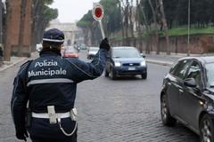 Vigili urbani e assistenti sociali, i concorsi del Comune