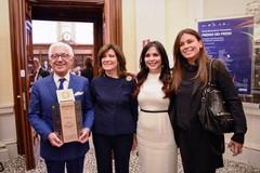 """Cerimonia al Comune per due aziende che hanno ottenuto """"Il premio dei premi"""""""