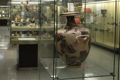Vasi del VII-VI sec. a.C. ritrovati in via Cassano