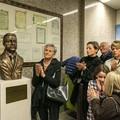 Un busto in bronzo in memoria di Raffaele d'Ecclesiis