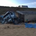 Camion giù dalla scarpata in località Pescariello