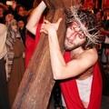 Le tradizioni pasquali iniziate con la Via Crucis vivente