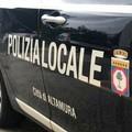 Alla guida con il cellulare, fioccano le sanzioni con i servizi in borghese della Polizia locale