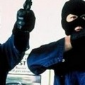 Banda armata rapina concessionaria di auto sulla strada Matera-Altamura