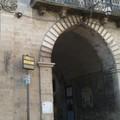 Sospesi i parcheggi a pagamento e la Ztl nel centro storico