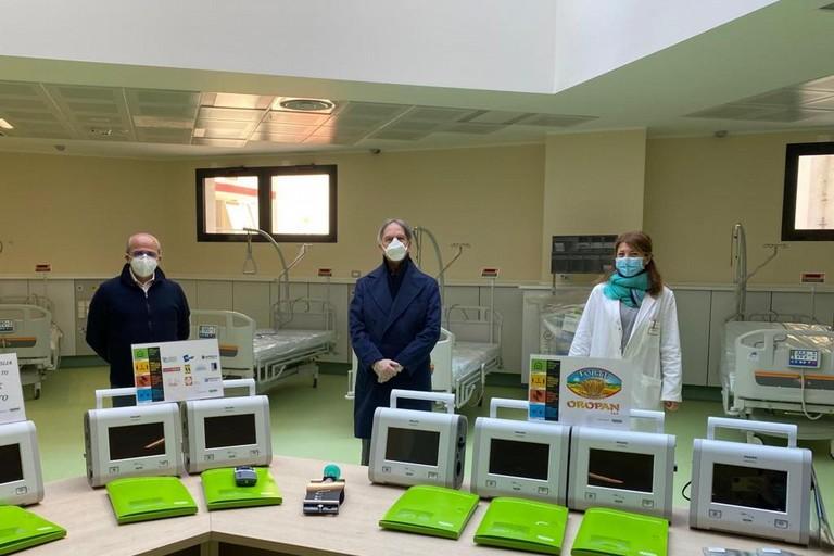 Policnico di Bari, donati ventilatori polmonari
