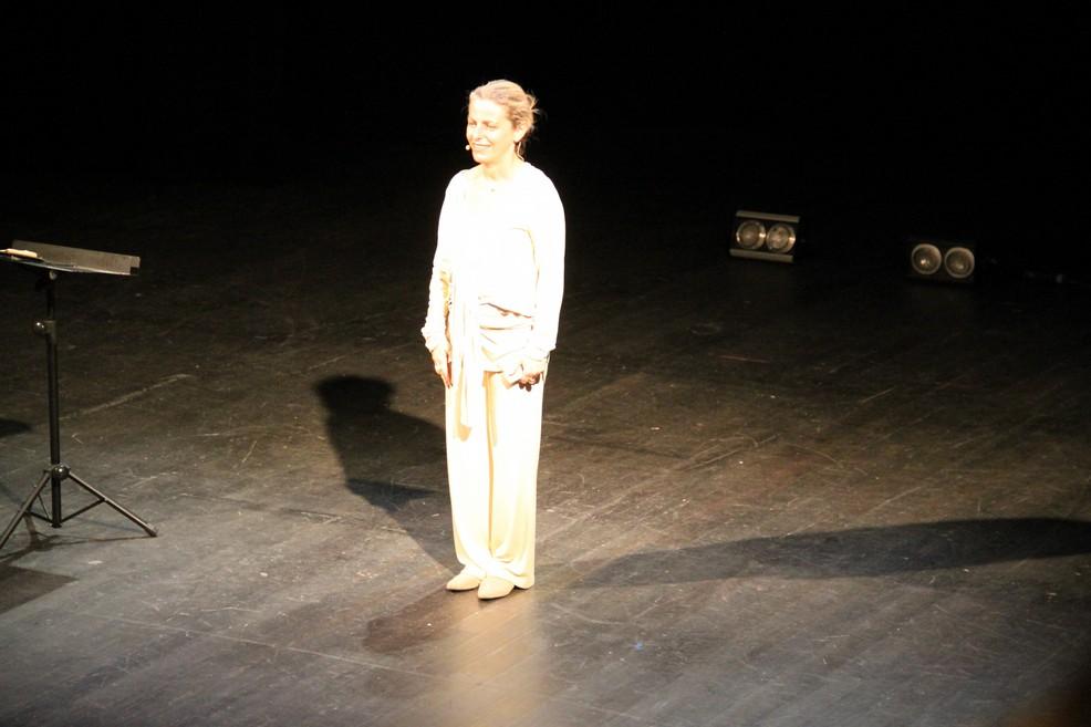 Lucilla Giagnoni al Teatro Mercadante