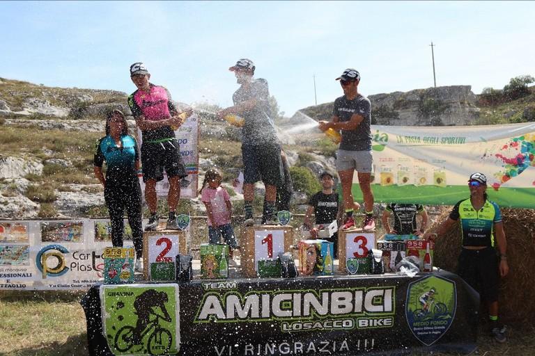 Il podio della Mediofondo di Gravina - foto Iron Bike