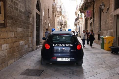 carabinieri nel centro storico