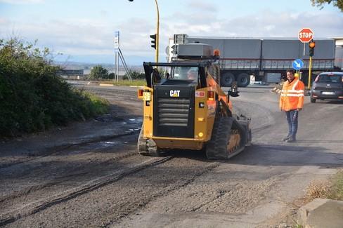 lavori stradali contrada graviscella