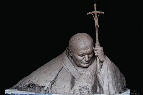 """Una scultura di Giovanni Paolo II per  """"PopolArte """""""
