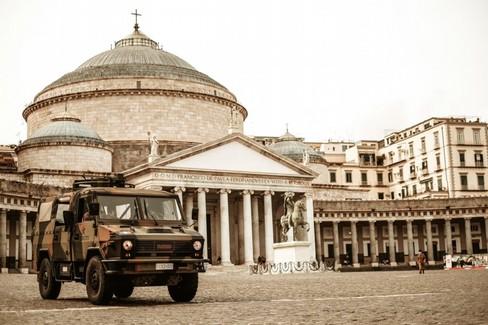 Controlli dell'Esercito a Napoli