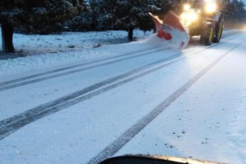 Neve su strade della Murgia