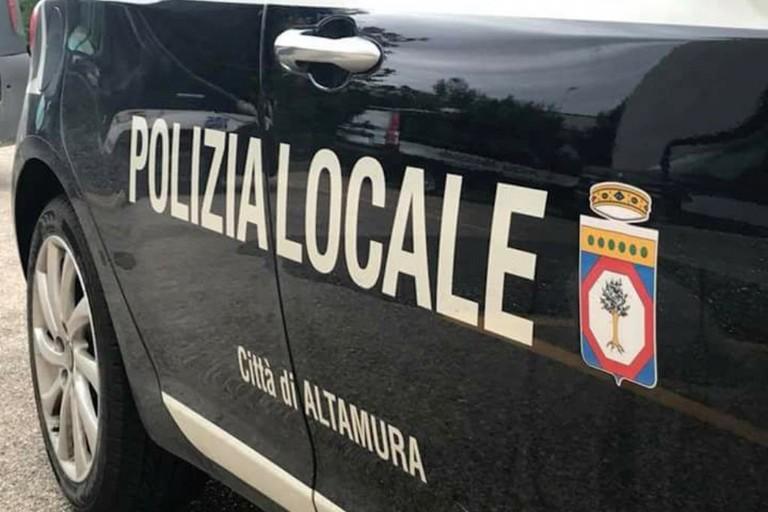 Polizia locale Altamura mezzo servizio