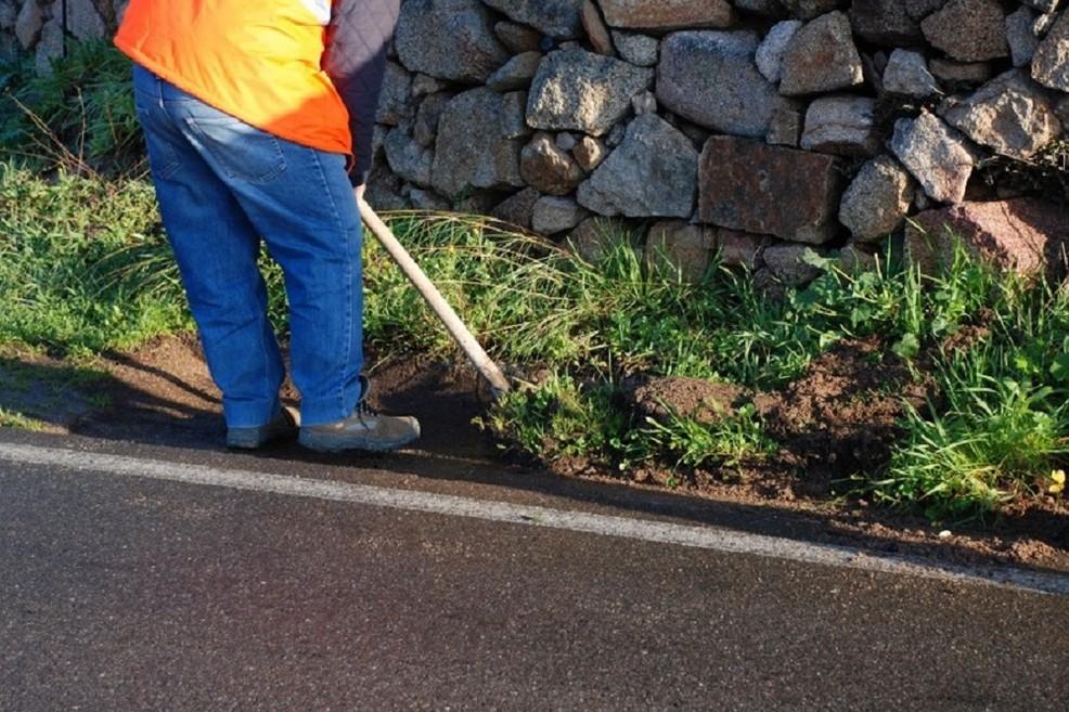 taglio erba strade provinciali